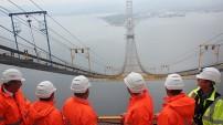 İki Bakan, Köprü'nün 252. metresine çıktı