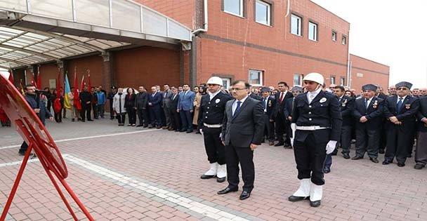 Atatürk'ü Anma Töreni Yapıldı