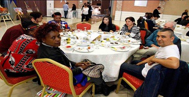 23 Nisan Grup Liderleri Tanışma Yemeğinde Buluştu