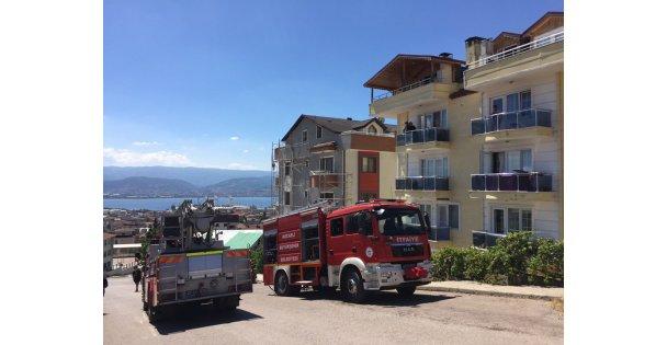 6 kişi yangında mahsur kaldı