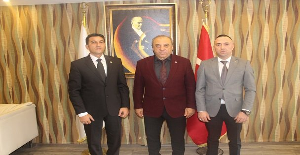 Ahmet ODABAŞ Darıca Kaymakamı Ömer Karaman'ı ziyaret etti