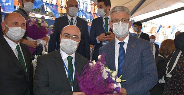 AK Parti Darıca'da Acay yeniden başkan