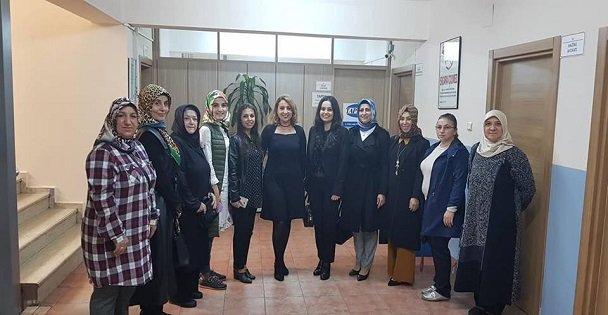 AK Parti Kadın Kolları Çulhaya gitti