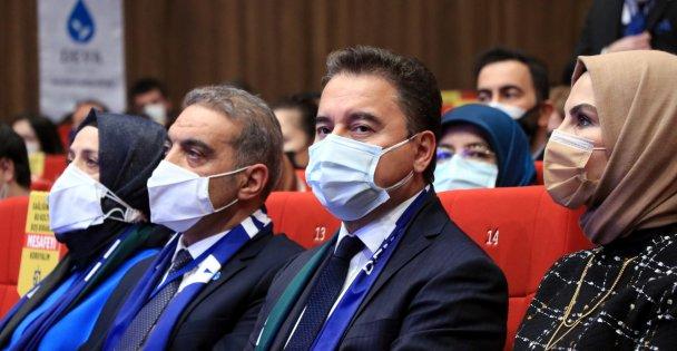 Ali Babacan partisinin Kocaeli İl Kongresi'ne katıldı