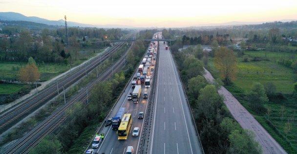 Anadolu Otoyolu Kocaeli kesimindeki zincirleme trafik kazasında 6 kişi yaralandı