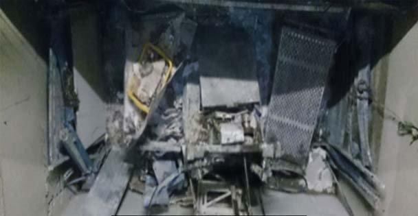 Asansör çakıldı