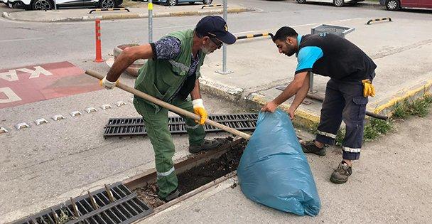 Aşırı yağışlara karşı mazgallar temizleniyor