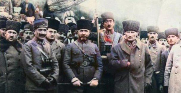 Atatürk'ün Tavşancıl`ı Ziyaret Ettiği Fotoğraflar Yayınlandı