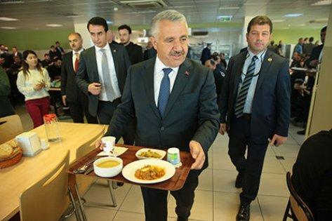 Bakan Arslan: Tüm derdimiz çift başlı yönetim olmasın