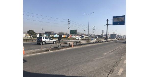 Bariyerlere Çarpan Otomobil Sürücüsü Yaşamını Yitirdi