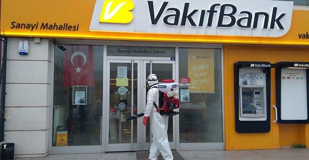 Başkan Büyükakın'ın talimatıyla: Banka şubeleri ve ATM'ler dezenfekte ediliyor