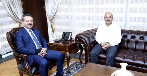 Başkan Büyükgöz Vali Aksoy'a konuk oldu
