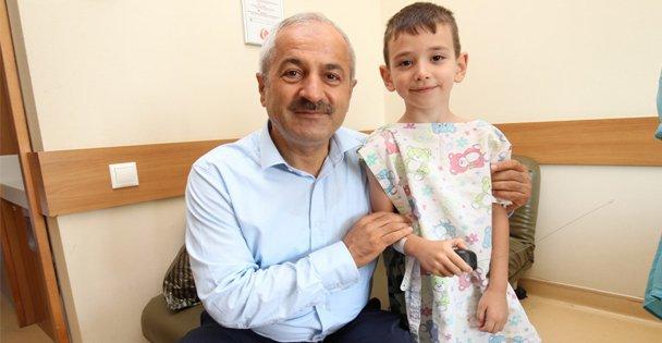 Başkan Büyükgöz'den Çocuklara Moral Ziyareti