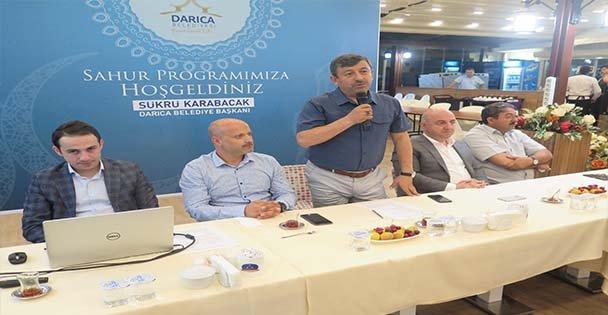 Başkan Karabacak, gazetecilerle bir araya geldi