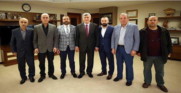 Başkan Karaosmanoğlu, Derinceli esnaflara teşekkür etti