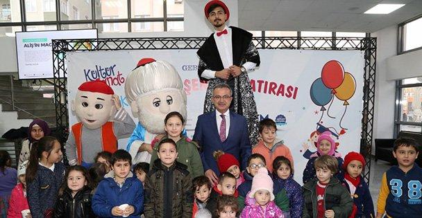 Başkan Köşker çocuklarla Karne Şenlği'nde