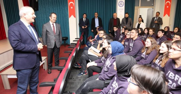 Başkanlar Deneyimlerini Gençlerle Paylaştı