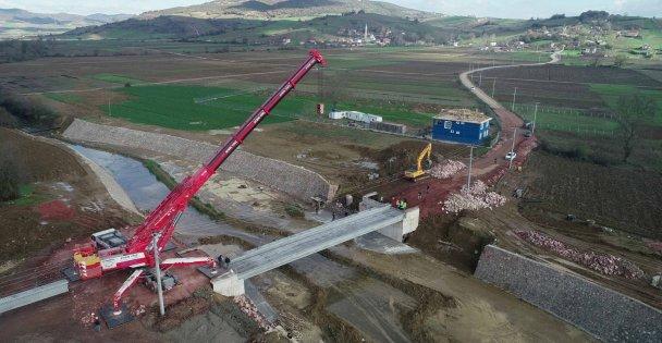 Bu köprü iki ilçedeki mahalleleri birbirine bağlayacak
