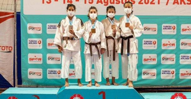 Büyükşehir Kağıtsporlu Judocular Gelecek İçin Umut Verdi