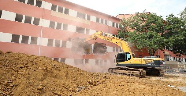 Çayırova Kent Meydanı Projesi Başladı