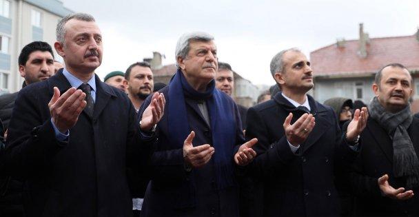 Çayırova Kümeevler Cami yenileniyor