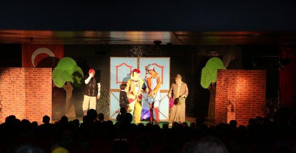 Çayırova'da tiyatro keyfi
