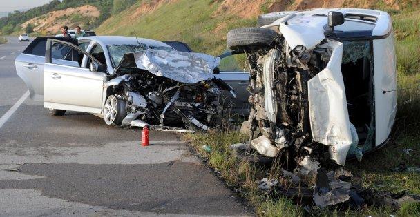 Çayırova'da trafik kazası