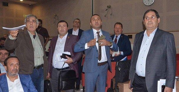 CHP Büyükşehir meclisini terk etti