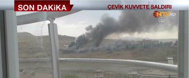 Cizre'de bombalı saldırı