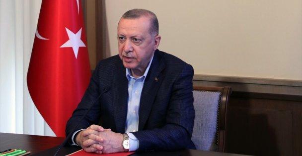 Cumhurbaşkanı Erdoğan: Pazartesi gününden itibaren kontrollü normalleşme takvimimizi uygulamaya başlıyoruz