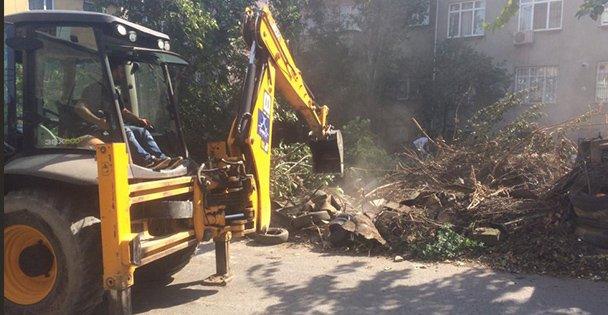 Darıca'da Belediyesin'den çöp ev temizliği