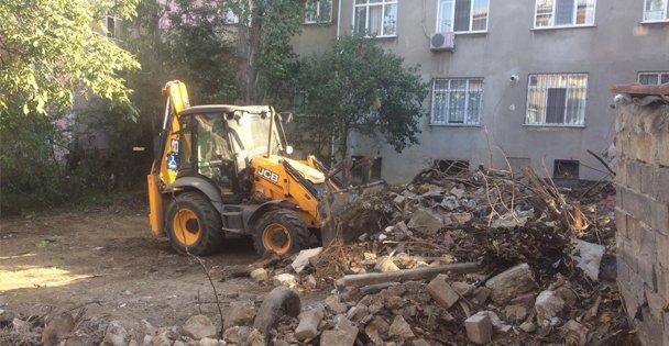 Darıca'da Çöp Ev Temizliği