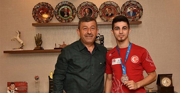 Eray Şamdan Akdeniz Oyunları'ndan Madalya İle Döndü