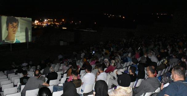 Gebze'de ay ışığın'da sinema etkinliği başladı