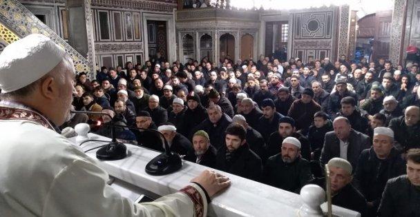 Gebze'de Doğu Türkistan için dua