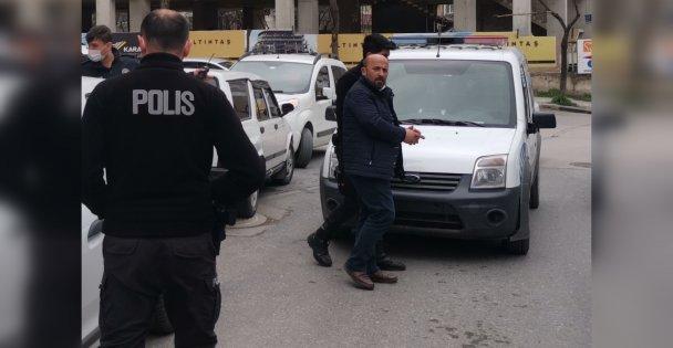 Gebze'de haciz işlemi için gittiği evde silahlı saldırıya uğrayan avukat öldü