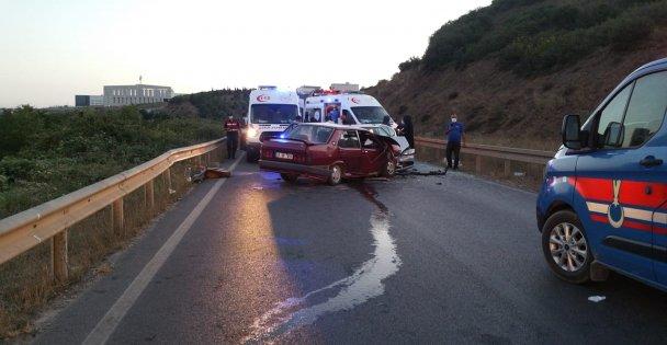 Gebze'de iki otomobil çarpıştı: 6 yaralı