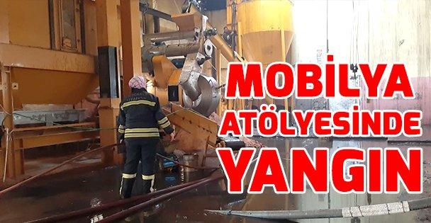 Gebze'de mobilya atölyesinde yangın