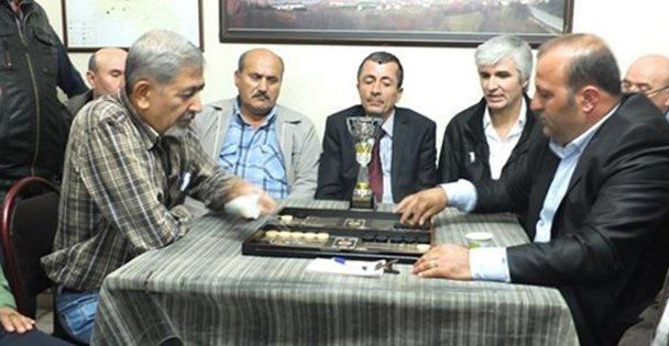 Gebze'de tavla turnuvası heyecanı