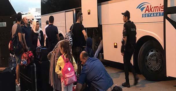 Giriş çıkış yasağı yolcuları mağdur ediyor