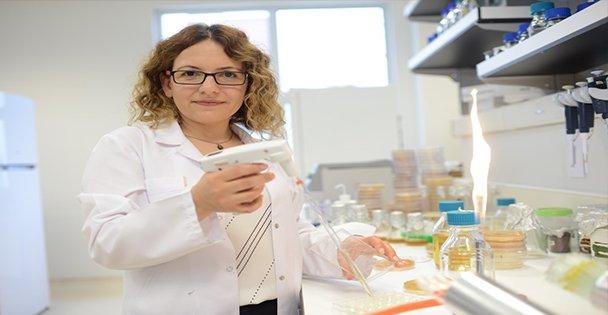 GTÜ' lü bilim kadınına ödül