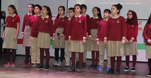 Hisar Koleji Mehmet Akif Ersoy'u Andı