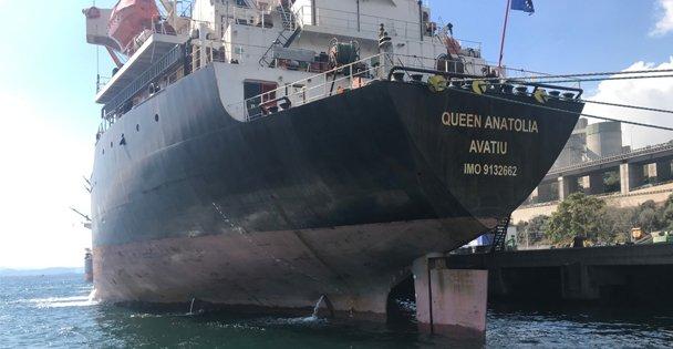 İzmit Körfezi'ni kirleten gemiye   1 milyon 772 bin TL'lik ceza