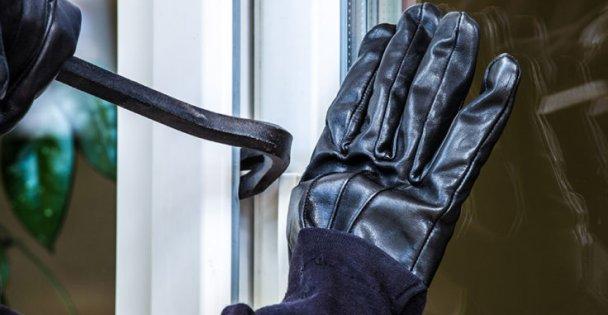 Kahvehanede yakalanan hırsızlık şüphelileri tutuklandı