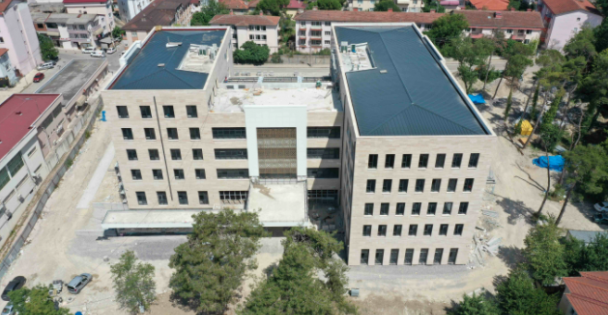 Kandıra Belediyesi Hizmet  Binasında Peyzaj Çalışması
