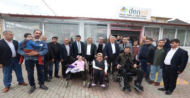 Karaosmanoğlu, Dilovası'nda ziyaretlerde bulundu