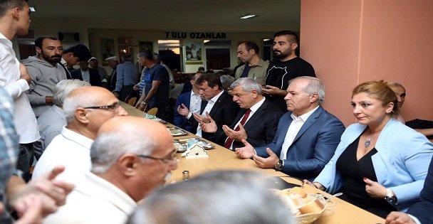 Karaosmanoğlu Muharrem orucunu Çayırova'da açtı