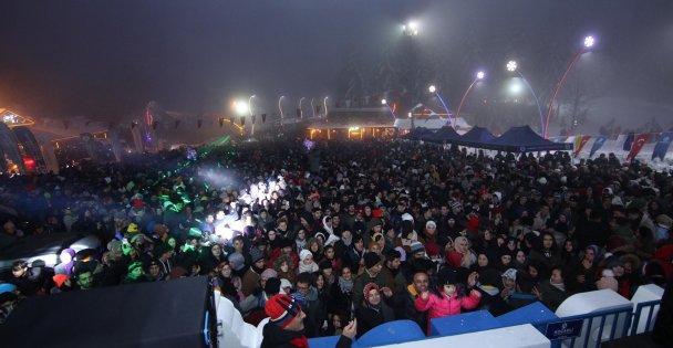 Kartepe Kış Festivali yoğun katılımla başladı