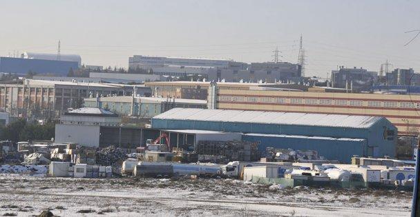 O fabrikalardaki işçiler evlerine gönderildi