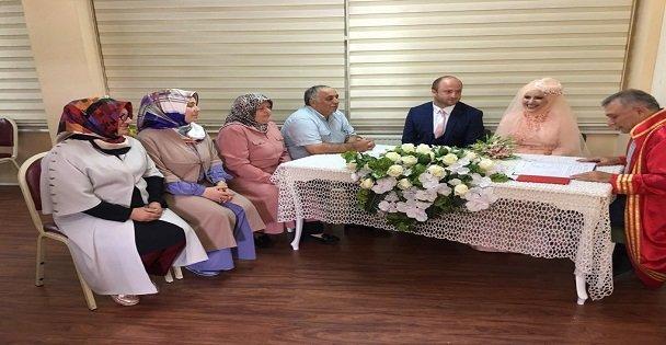 KO-MEK Bohçası ile evliler kervanına katıldı
